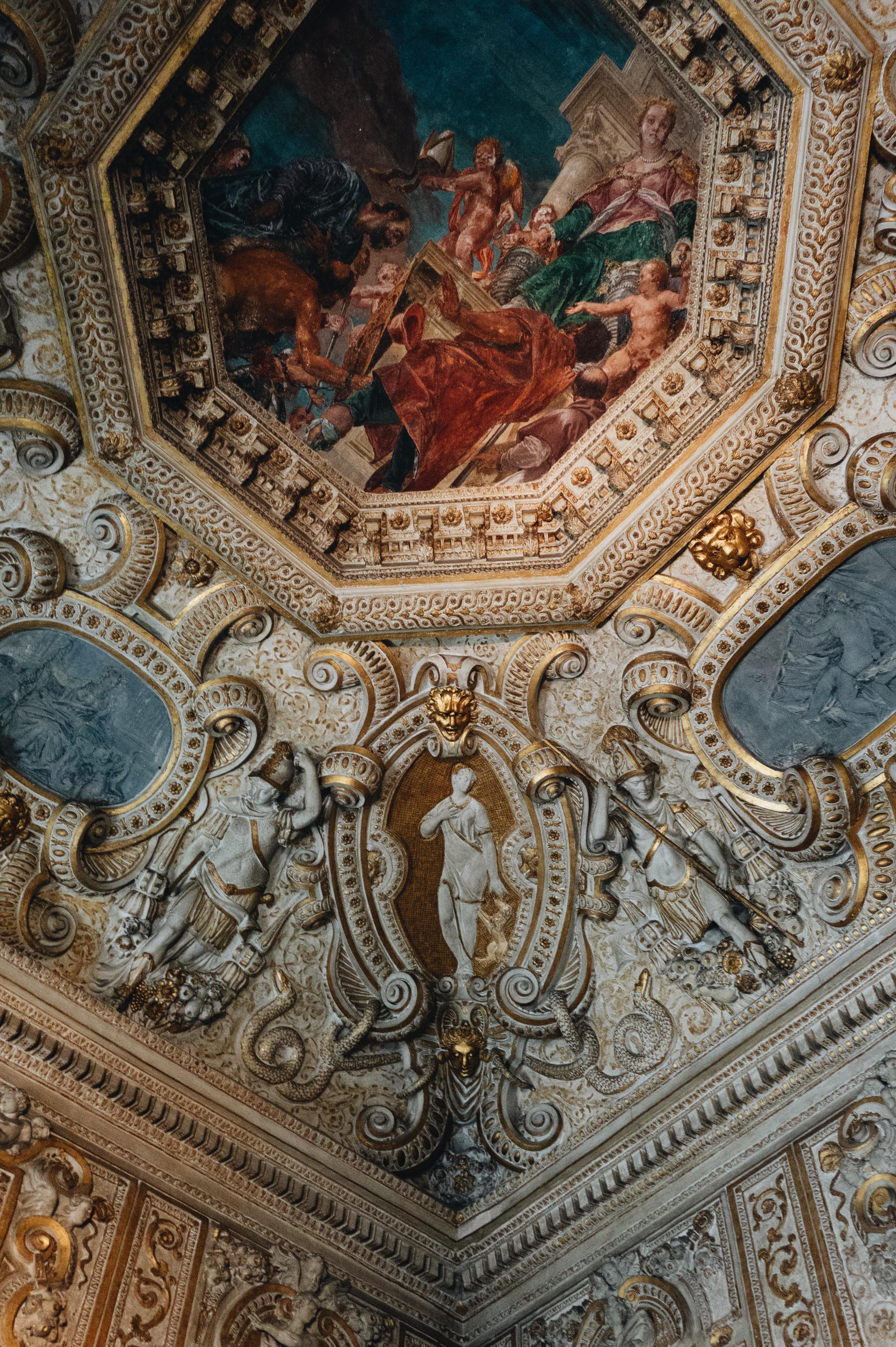 sculpture plafond période classique