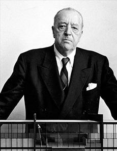 Portrait du designer Ludwig Mies van der Rohe