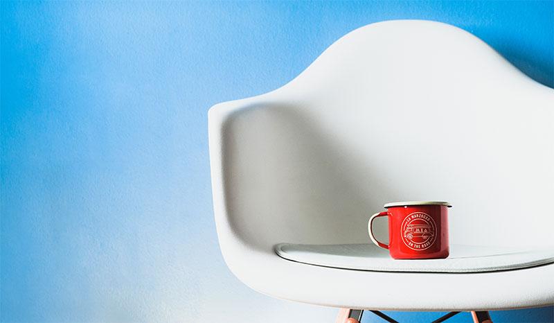 fauteuil ray eames, idéal pour un amnéagement de bureau design pendant le confinement
