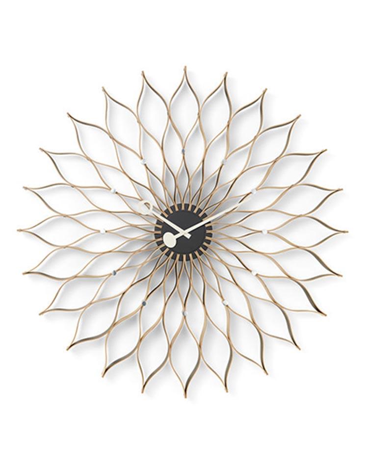horloge sunflower de george nelson en version bois de bouleau clair