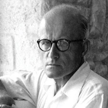 Portrait du designer et architecte Pierre Jeanneret